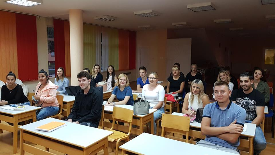 Veliko interesovanje za strane jezike u JU KSC Kakanj – Više od 150 polaznika, formirano osam grupa…