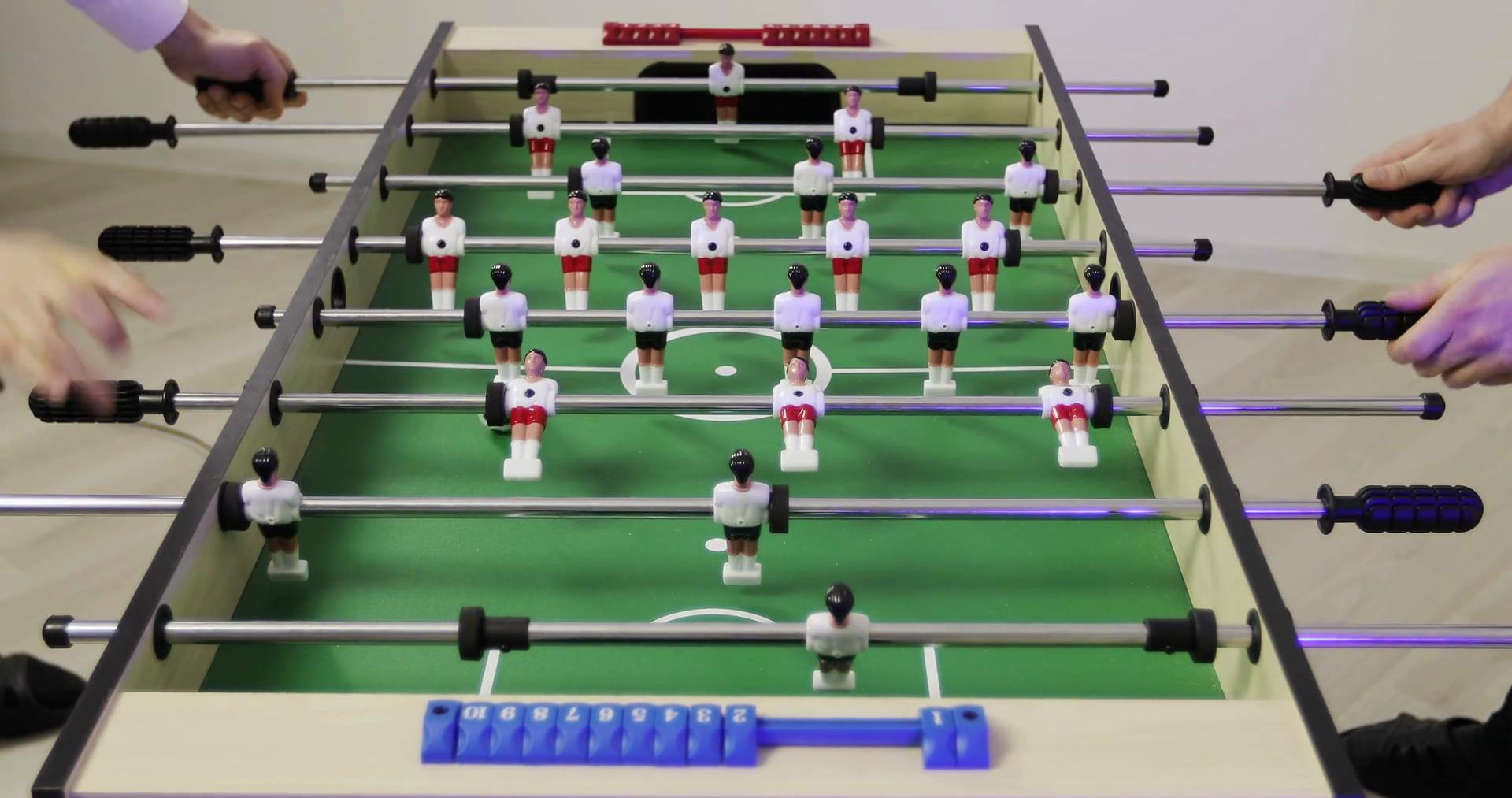 Turnir u stolnom fudbalu: Mini fudbal (turnir za dječake s malim golovima)