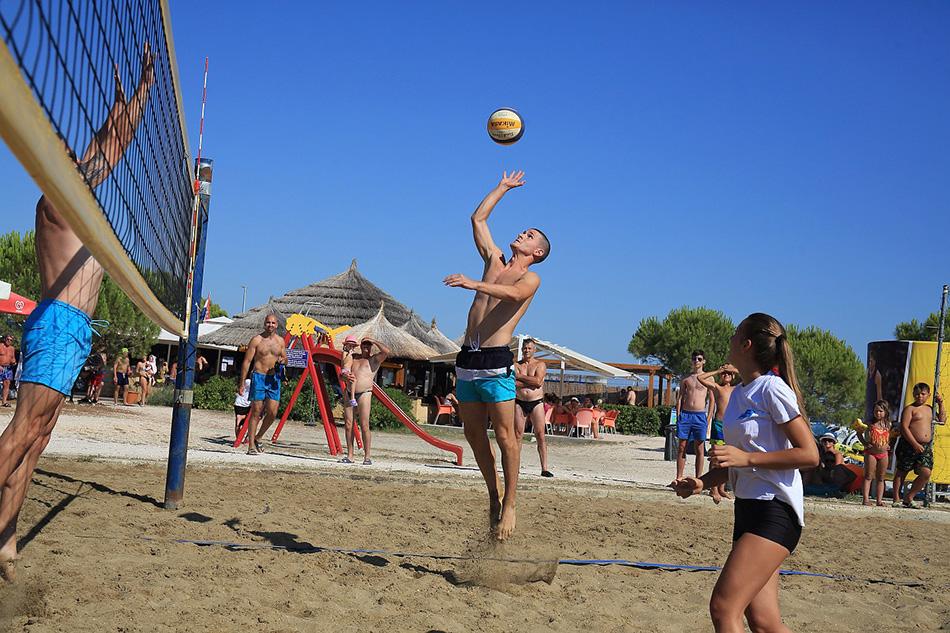 KD2021: Turnir u odbojci na pijesku